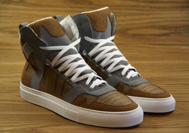 nat-2-wooden-cube-brown-sneaker-details