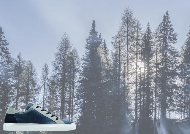 nat-2 wooden sneaker navy ad