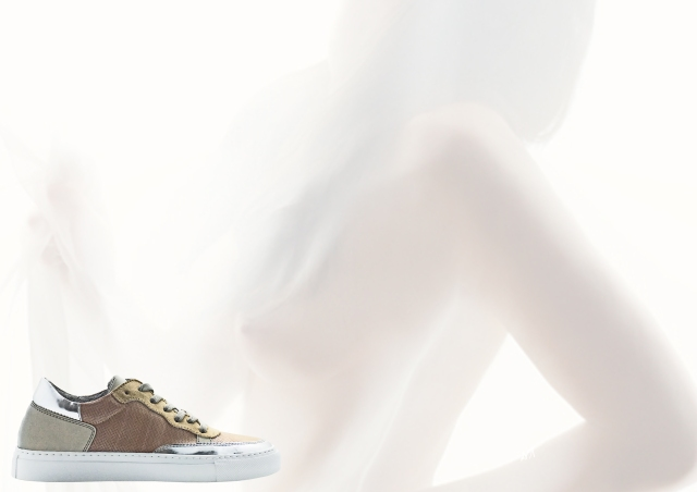 nat-2 wooden sneaker nude ad