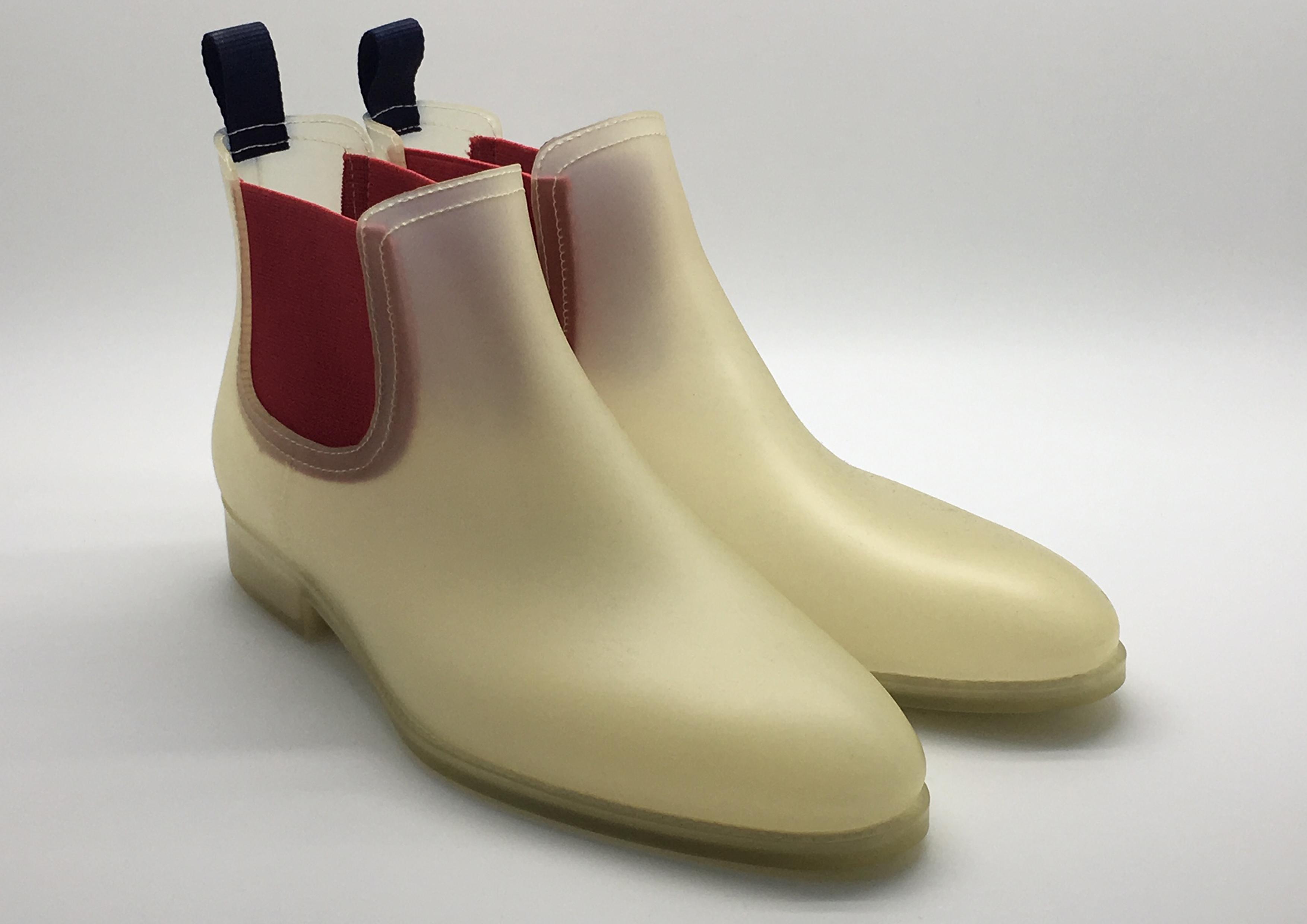 nat-2 Bone Boot Kopie